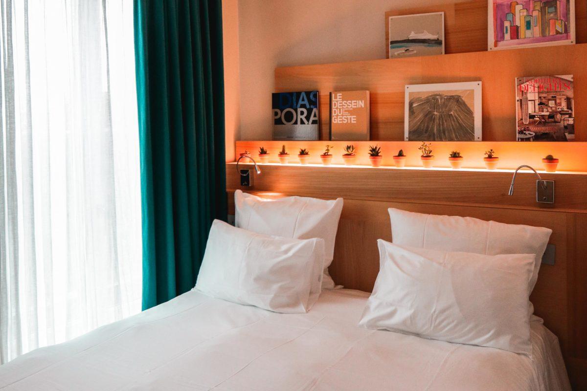 Modern eco-hotel room - La Grande at Le Citizen. Boutique hotel in Paris.